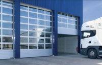 Подъемно-секционные промышленные ворота APU F42
